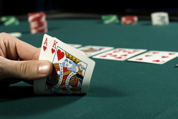 Who Plays Texas Hold Em Poker Sweet Bet
